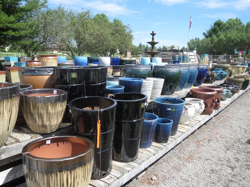 Planters, Pots, and Urns