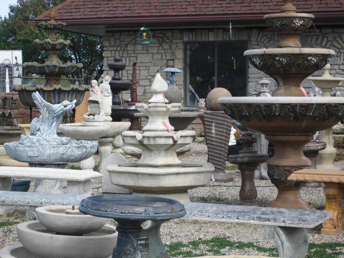 supplie yard or yard decor